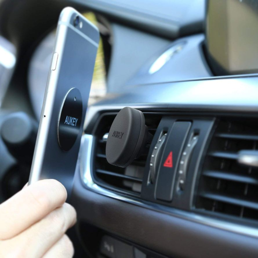 AUKEY Car Phone Mount Air Vent.jpg