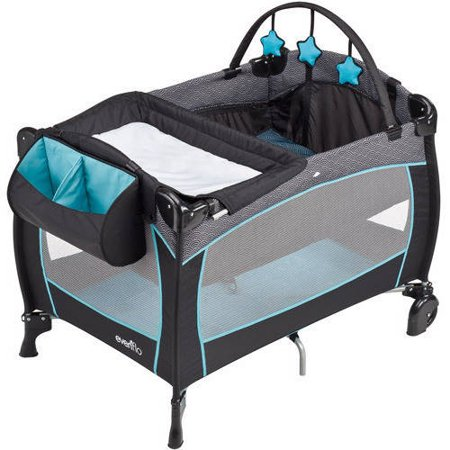 Evenflo - Portable BabySuite 300.jpeg